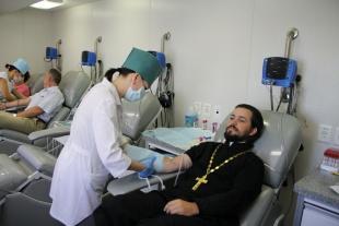 В Ростове-на-Дону прошла благотворительная акция по добровольной сдаче крови для детей