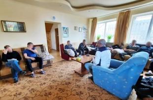 Терапевтическая группа в мужском реабилитационном центре