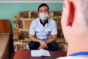 Гештальт-консультант, психолог организации «Ростов без наркотиков» Александр Игнатенко провел индивидуальные занятия