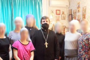 Иерей Александр Кушнир в очередной раз встретился с воспитанницами женского Центра «Ростов без наркотиков»